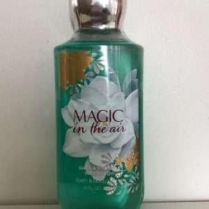 Magic In The Air Sturtusápa 236ml