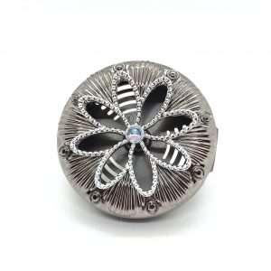 Metallic Flower Vent Clip